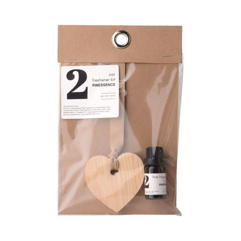 Bed-Bath-Body-wooden-heart-on-ribbon-11ml-fragrance-oil-car-hang-up