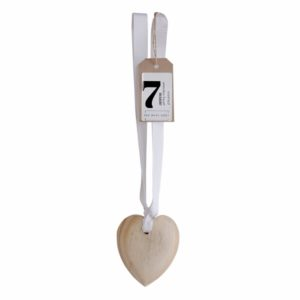 Bed-Bath-Body-wooden-scented-heart-on-ribbon-10cm